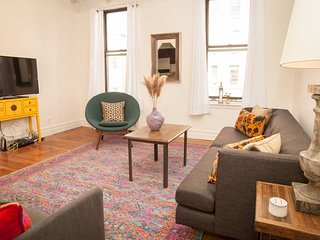 Conveniently located 2BR by Times Square, Central Park, Theater District