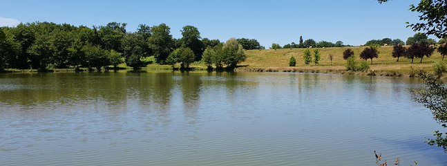 Lac de pêche à 400 mètres