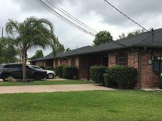 Private Duplex! Near Houston Hobby/Clear Lake/Galveston/Pasadena/Friendswood