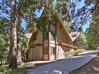 NEW! Home w/Decks 1 Mi. to Lake Arrowhead Village!