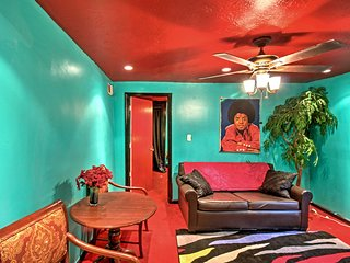 NEW! Colorful & Cozy Apartment in Central Atlanta!