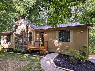 NEW! Private Home w/ Hot Tub- 14 Mins to Asheville