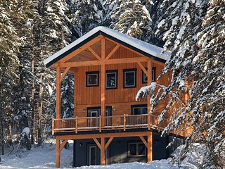 Eagle Lodge-4 Bedroom Deluxe Chalet with the Most Amazing Views