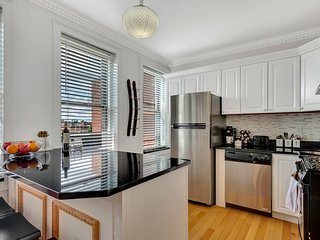 Wonderful 2BR/1BA in North End by Domio