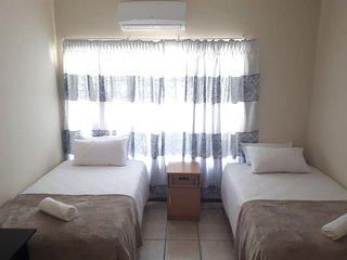 Oriental B&B: Room 2