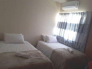 Oriental B&B: Room 3