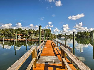 Crystal River House w/ Access to Dock, Gulf 7 Mi!