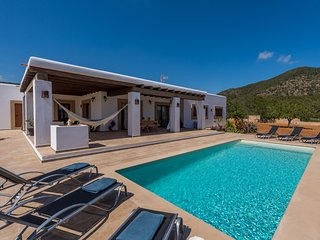 Ses Dos Illes, Villa-Finca 5StarsHome Ibiza