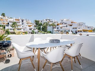 IVY3-Beautiful 2 bed apartment Close to Puerto Ban