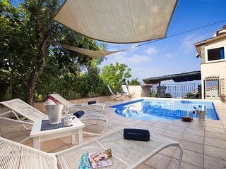 Villa Felice with private pool, sea view in a quiet area, Massa Lubrense