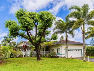 NEW LISTING! Lush oasis w/yard & lanai - close to beaches, perfect for families