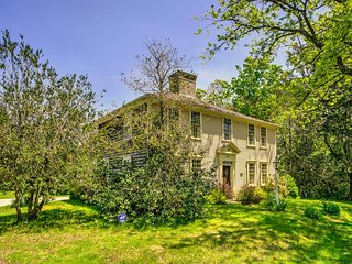 NIGHTLY RATE in this HISTORIC HOME! CHARMER! 132673