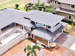BRAND NEW HOUSE! with a Pool & Jacuzzi in the Poipu Beach Estates