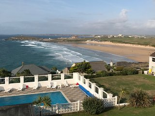 FISTRAL SURF, heated outdoor swimming pool, Newquay,