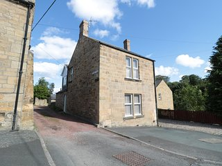 2 COQUET VALE, pet-friendly, Smart TV, multi-fuel stove