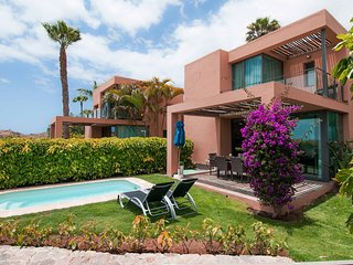 Villa with private pool Salobre Villas Lagos I