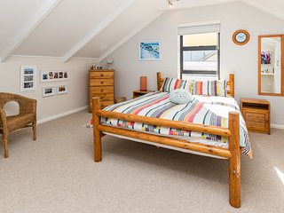 Lovely, Spacious, Self Catering, Coastal Living Accommodation, Noordhoek