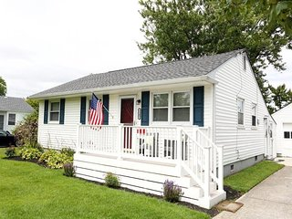 Red, White and Blue Cottage 138690