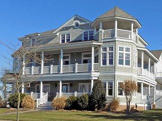Luxury Home Ocean View 109576