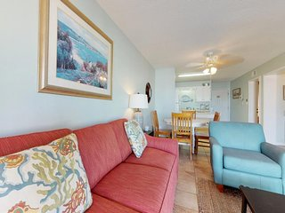 NEW LISTING! Hotel condo offers shared pool & hot tub, near beach and ferry