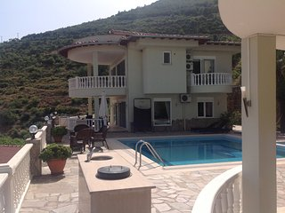 Heavenly villa with amazing views . Alanya is an amazing town . Many speak Engl