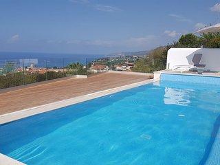 Tropea panoramic villa