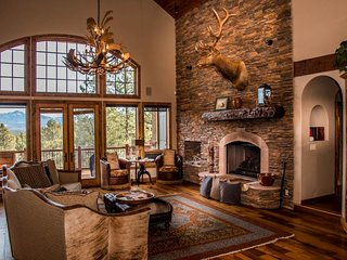 NEW LISTING! Spacious, luxurious home w/game room - near skiing, fishing, dining