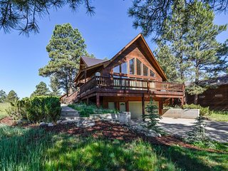 NEW LISTING! Mountain view home w/deck & national forest access - dogs OK