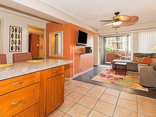 Waikiki Gem - Condominium