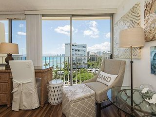 Gold Coast Penthouse - Diamond Head Beach Hotel