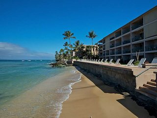 Maui Oceanfront Paradise-Newly Remodeled 2BR/2BA, Pool, Beach, Farmer's Market