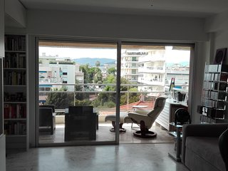 Cannes- Luxurious new apartment-Free Wifi-A/C-Balcony-Parking-Concierge