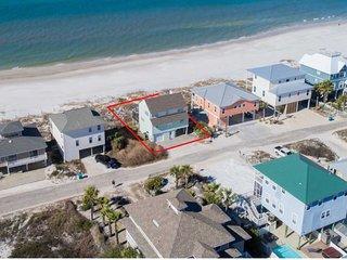 The Green House, Beachfront Beauty! Breathtaking ocean views!