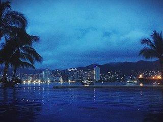 Acapulco Departamento a orillas del mar, con playa privada