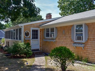 Three bedroom just 1/2 mile to Nantucket Sound Beaches