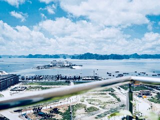 SALITO 2BR,3BR APT WITH SEA VIEW IN HALONG BAY