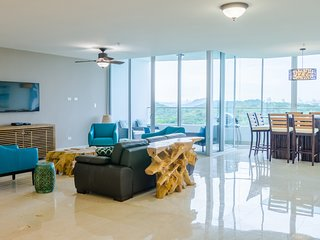 23o Amazing Penthouse in Playa Bonita Resort
