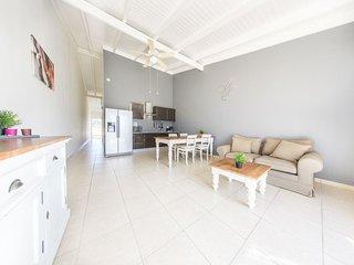 Hillside Apartments Bonaire - One-Bedroom Apartment 11