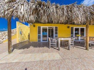 Hillside Apartments Bonaire - Two-Bedroom Apartment 14