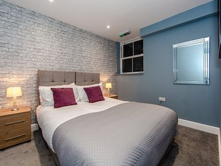 Maidstone Executive Apartment by PLL – Fully Serviced Entire Apartment