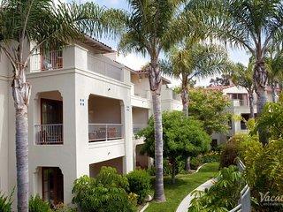 Entire Four Seasons Aviara Serviced Villa sleeps  6 - Available  23 Nov 06 Dec
