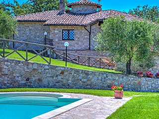 COLLE DEL SOLE 7+1, Emma Villas Exclusive