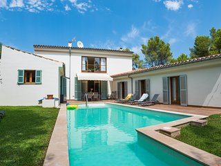Villa Gotmar.  MODERN, AND WALKING DISTANCE TO THE BEACH IN PUERTO POLLENSA