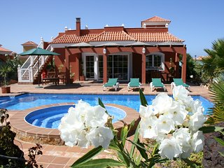 Wonderful Villa Daisy with  private pool, tropical garden, views to sea, golf.