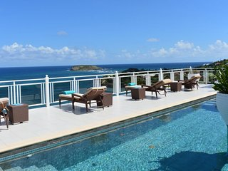 Villa Bellevue | Ocean View - Located in Tropical Marigot with Private Pool