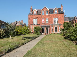 FLAT 2, modern apartment in old villa, in Whitby