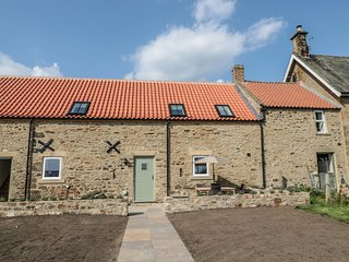 THE HAY LOFT, lovely views, Brancepeth