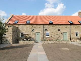CROSS COTTAGE, open-plan, beams, Brancepeth
