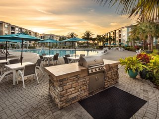 Best-in-Class luxury complex near all three Orlando theme parks. Pools, gym, BBQ