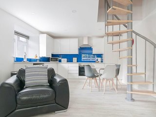 Max & Ben's Apartments